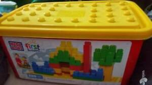 Mega blocks 220 pieces tub