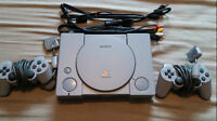 Playstation 1 w/ 2 controllers