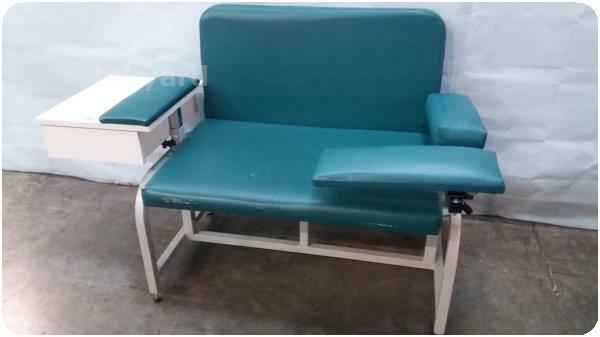 PHELEBOTOMY BLOOD DRAWING CHAIR @ (229258)