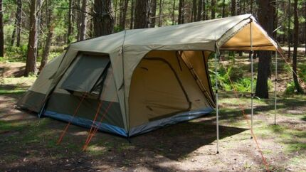 Black wolf turbo tent 300 plus