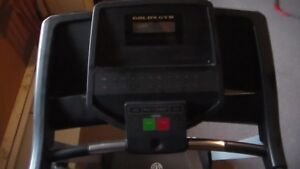 Gold's Gym Trainer 420 Treadmill