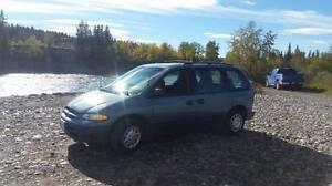 1997 Dodge Caravan Blue Minivan, Van