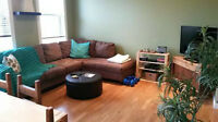 Downtown Bowmanville 2bd/1bth Apt - Very Clean