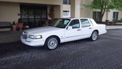 1996 Lincoln Town Car Signature 1996 Lincoln Town Car, Signature Series