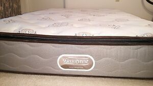 King Sized Simmons Beautyrest Luxury mattress