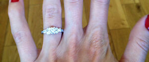 NEW Genuine Canadian Diamond Round Brilliant Engagement Ring