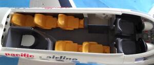 Superbe avion de ligne Playmobil avec 1 Commandant et ses passag