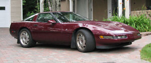 1993 Chevrolet Corvette LT1 Coupe (2 door)