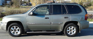 SUPER CLEAN 2003 GMC Envoy SLE SUV with Winter Tires and Rims