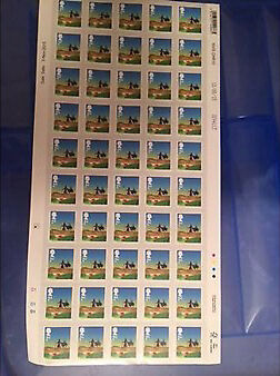 Brand New 1500 Christmas 2015 2nd Class Stamps thirty sheets Of Fifty Self-adhesive