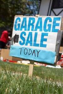 GARAGE SALE     AMAZING BUYS     EVERYTHING MUST GO ON THE DAY Mount Waverley Monash Area Preview