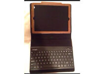 IPad2 kensington keyboard and leather brown case