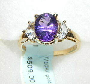FOR SALE A BEAUTIFUL 10K YELLOW GOLD GENUINE AMETHYST