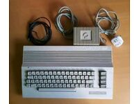 VINTAGE COMMODORE 64 Personal Computer w/ PSU & RF TV Cable