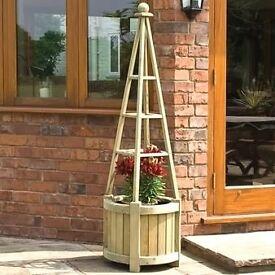 Obelisk planters, new.