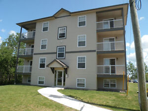 NEWER,  OPEN CONCEPT 2 Bed. next to UDM