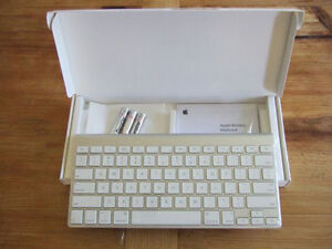 Apple Wireless Keyboard (New) and Apple Wireless Trackpad (New)