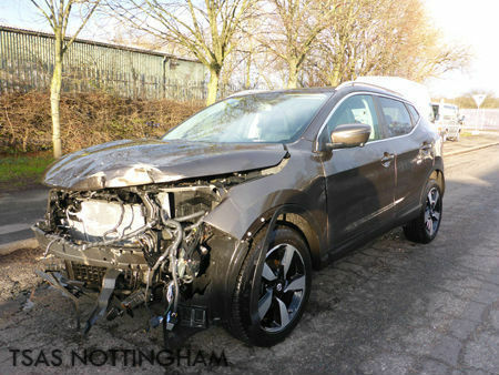 2015 nissan qashqai 1 5 dci 110 n tec beige damaged. Black Bedroom Furniture Sets. Home Design Ideas