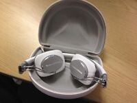 Bowers Wilkins B&W P3 On-ear Headphones - White