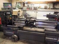 COLCHESTER TYPE VS2500 GAP BED CENTRE LATHE