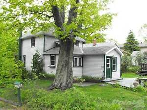 Homes for Sale in Parry Sound, Ontario $218,900