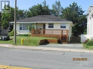 Beautiful 2300 sq ft Bungalow - East End