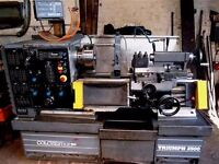 COLCHESTER TRIUMPH VS2500 GAP BED CENTRE 25 INCH DRO LATHE YEAR 1993