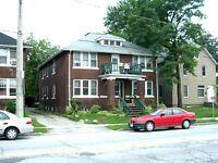 2 Bedroom Apt., 2977 university. Near U of W. $650 plus
