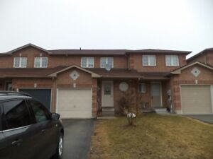 South East Barrie, 3 bedroom 1.5 Bath, great property