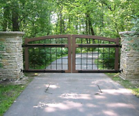Looking for a Driveway Gate& Fences?