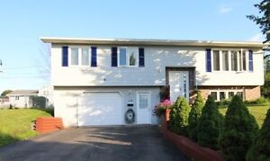 REDUCED BY $10,000 ! GREAT HOUSE !