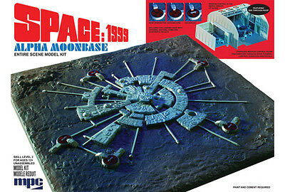 MPC Model Kits [MPC] Space 1999 Moon Base Alpha Plastic Model Kit MPC803