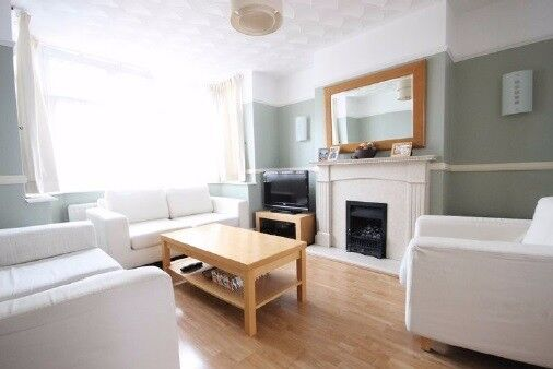 Beautiful large 3 bedroom semi-detached home available in Luton