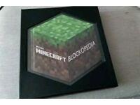 Minecraft Blockopedia excellent condition