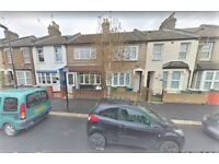 Light and Airy 3 Bedroom House Plaistow **Dss Welcome**