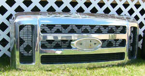 FRONT-GRILL from a 2008 Ford Truck Super Duty