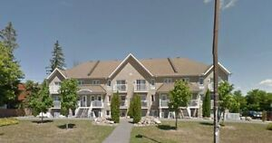 Fantastic Terrace Home, Quebec side minutes away from downtown!