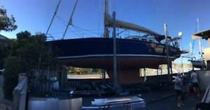 Damaged 47ft Sailboat Sydney City Inner Sydney Preview