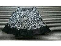 Women's skirt, size medium. Suit 12-14