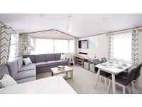 Ultimate family caravan w/ games room, bunkbeds and bath..amazing on park faclities in Essex .