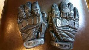 Set of small genuine leather, triumph motorcycle riding gloves