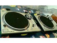 Technics 1200 MK2 Direct Drive Turntables. Technics 1210