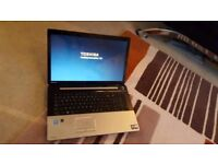"Laptop Toshiba 17.5""screen IMMACULATE"