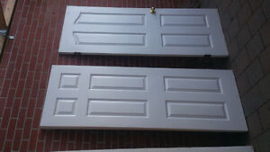 new doors for sale comes with hinge and knobs