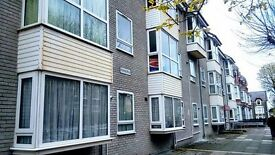 Check out this spacious 1-bed flat in Aberystwyth. Close to town centre and promenade, £94,950 ono.