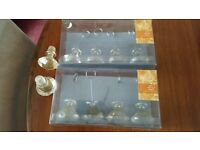 "8 plastic 'Jewel"" gold glitter table place card holders & 2 wine stoppers"