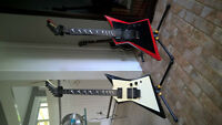 Hamer USA Scepter 1986, both guitars are made in 86