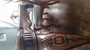 price reduced Hand Carved Solid Walnut Dining Table & 6 chairs Edmonton Edmonton Area image 5