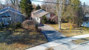 Great Value! Attention Investors & 1st Time Home Buyer's! Cha