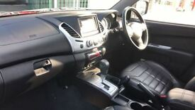 MITSUBISHI L200 LWB LB Double Cab DI-D Barbarian 4WD Auto 176Bhp (red) 2014